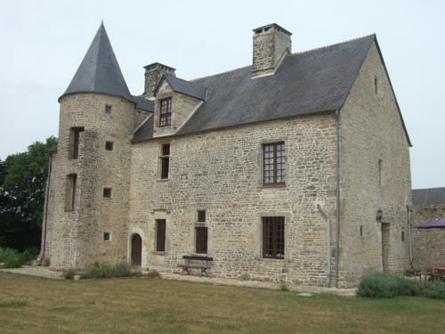 16th Century Manor House 14th Century Manor House